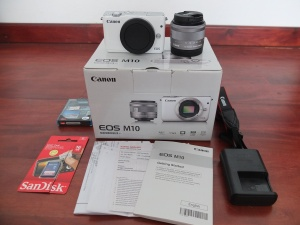 Canon M10 Kit 15-45mm Umur 4 Bulan Like New | Jual Beli Laptop Surabaya