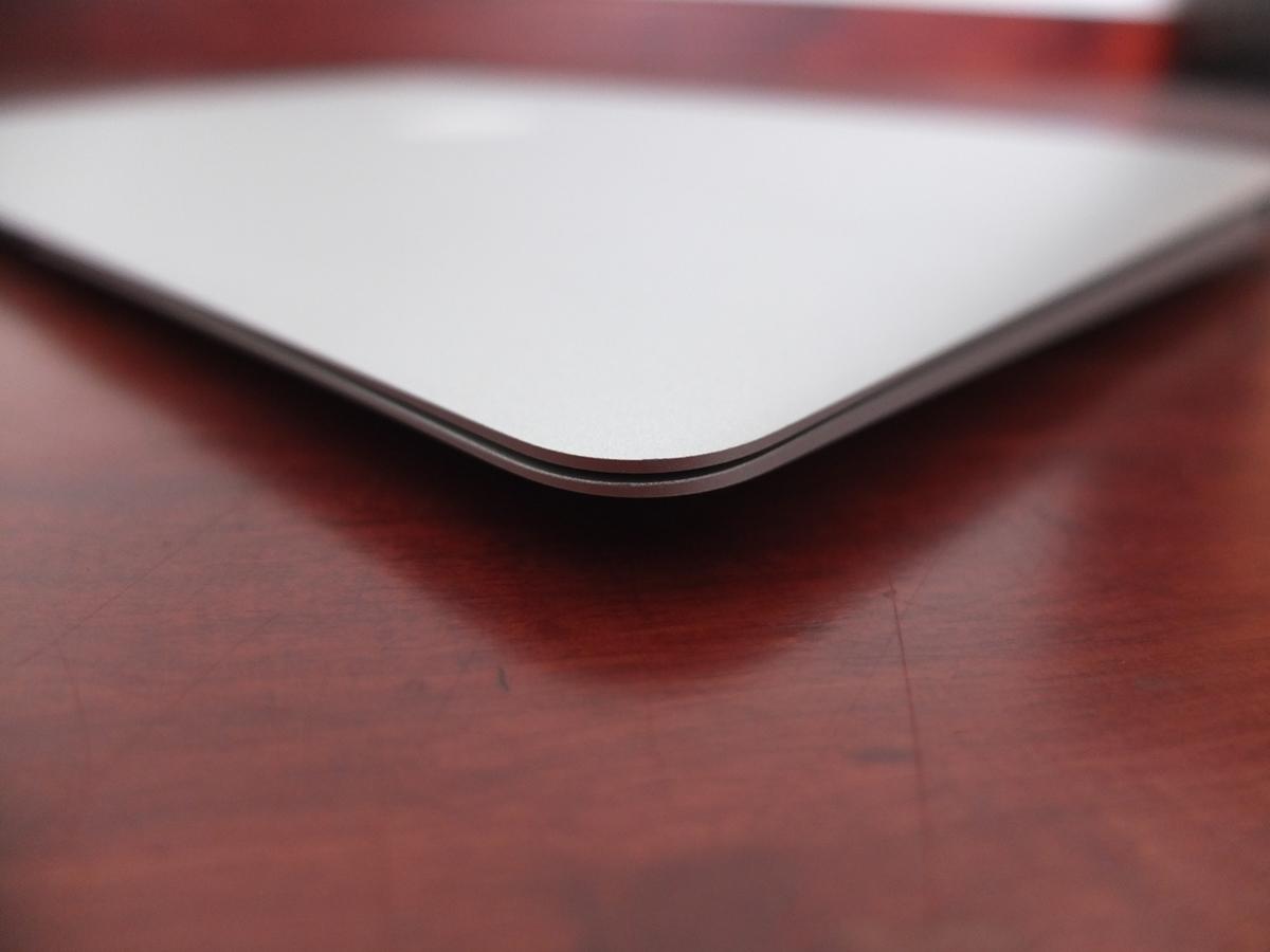 Jual Beli Laptop Kamera | surabaya | sidoarjo | malang | gersik | krian | Macbook AIr 11in Late 2010