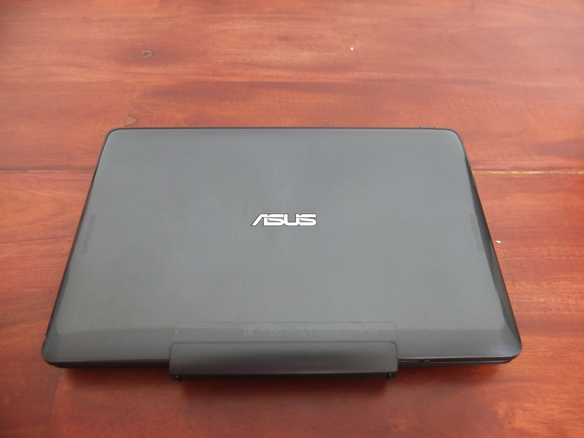 Jual Beli Laptop Kamera | surabaya | sidoarjo | malang | gersik | krian | Asus Transformer T100TA