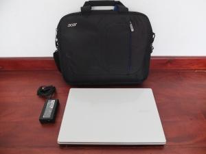 Acer Core E5-471 Ci3 4010U Snow White | Jual Beli Laptop Surabaya