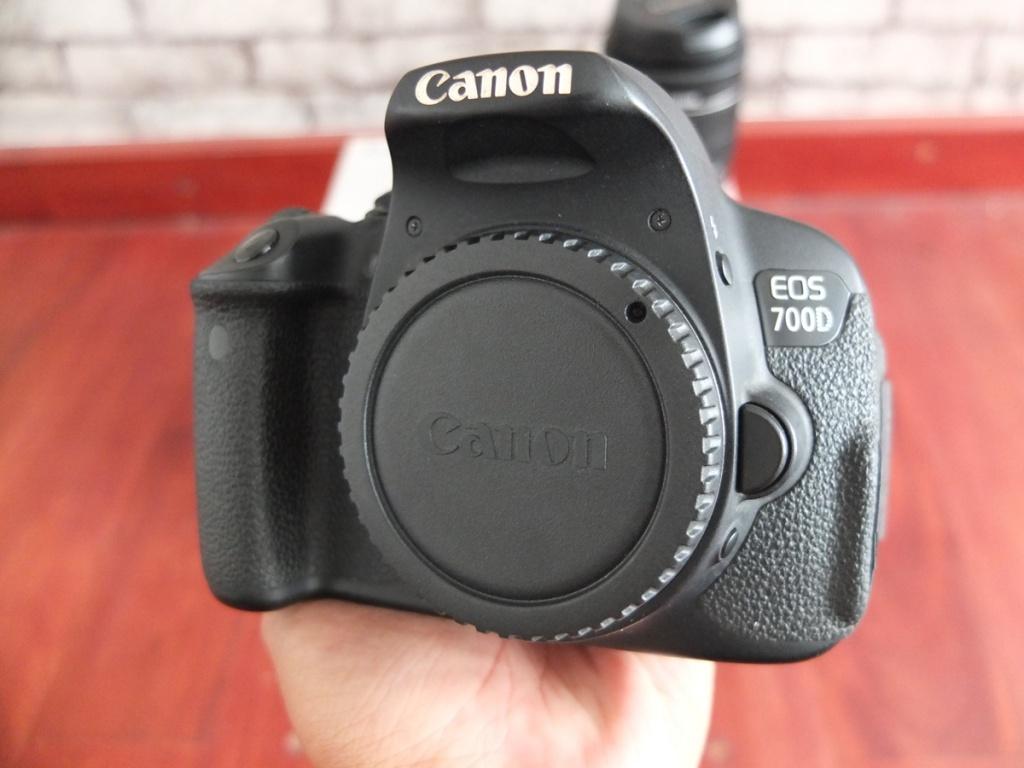 Jual Beli Laptop Kamera | surabaya | sidoarjo | malang | gersik | krian | Canon EOS 700D