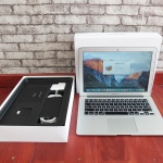 Macbook Air MJVG2 13in core i5 SSD 256 Garansi | Jual Beli Laptop