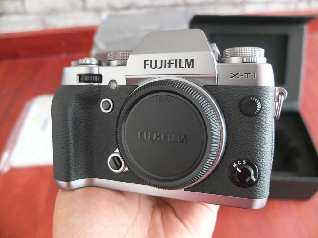 Jual Beli Laptop Kamera | surabaya | sidoarjo | malang | gersik | krian | Fujifilm X-T1 XT1 Graphite