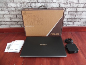 Asus X550ZE Quad Core AMD® FX-7500 Ram 8gb | Jual Beli Laptop Surabaya