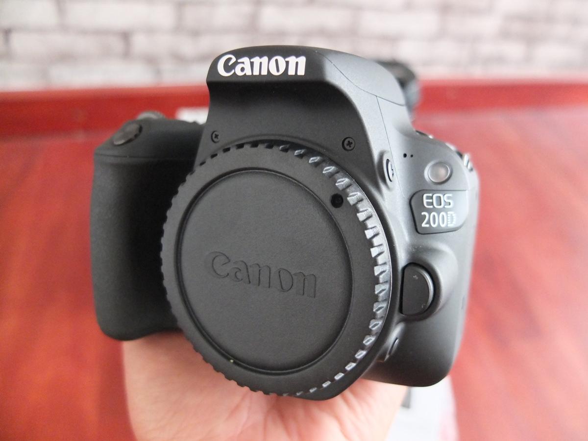 Jual Beli Laptop Kamera | surabaya | sidoarjo | malang | gersik | krian | Canon 200D
