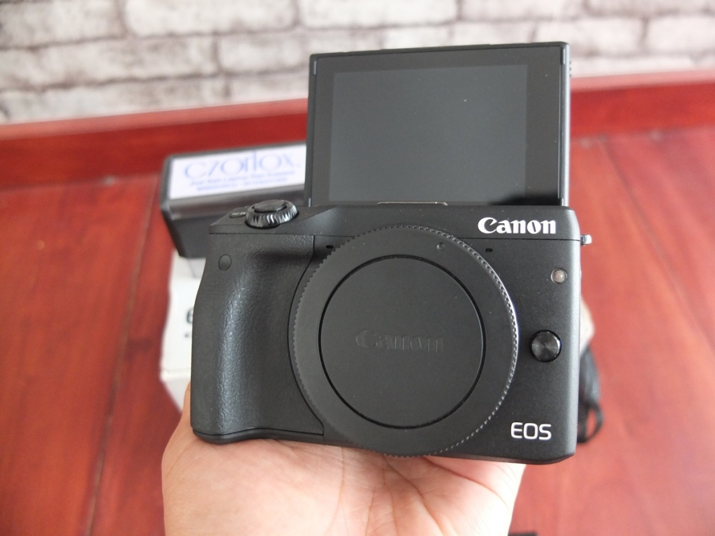 Jual Beli Laptop Kamera | surabaya | sidoarjo | malang | gersik | krian | Canon EOS M3
