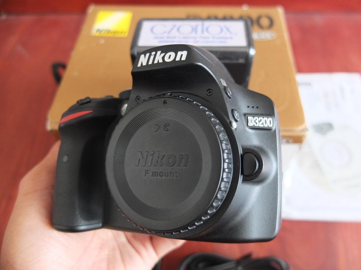 Jual Beli Laptop Kamera | surabaya | sidoarjo | malang | gersik | krian | nikon D3200 kit 18-55mm