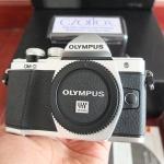 Olympus OM-D EM10 Mark II SC 364 | Jual Beli Kamera Surabaya