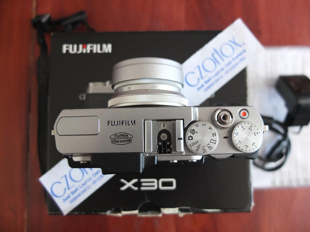 Jual Beli Laptop Kamera   surabaya   sidoarjo   malang   gersik   krian   Fujifilm X30