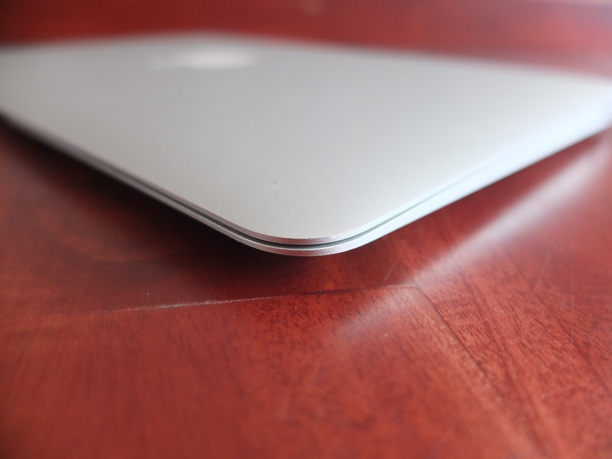 Jual Beli Laptop Kamera | surabaya | sidoarjo | malang | gersik | krian | Macbook Air