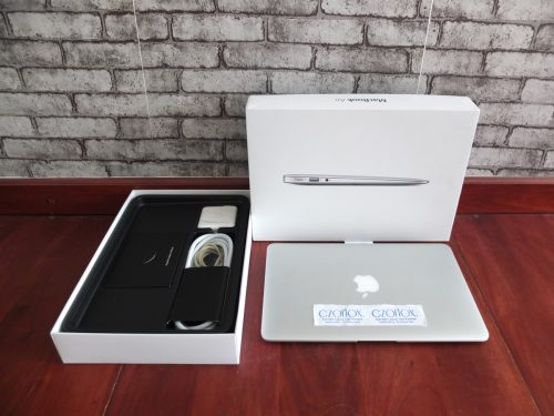 Macbook Air 11 Core i7 SSD 256GB Mid 2013 CTO | Jual Beli Laptop Surabaya