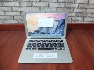 Macbook Air 13 2012 Core i5 SSD 128Gb | Jual Beli Laptop Surabaya