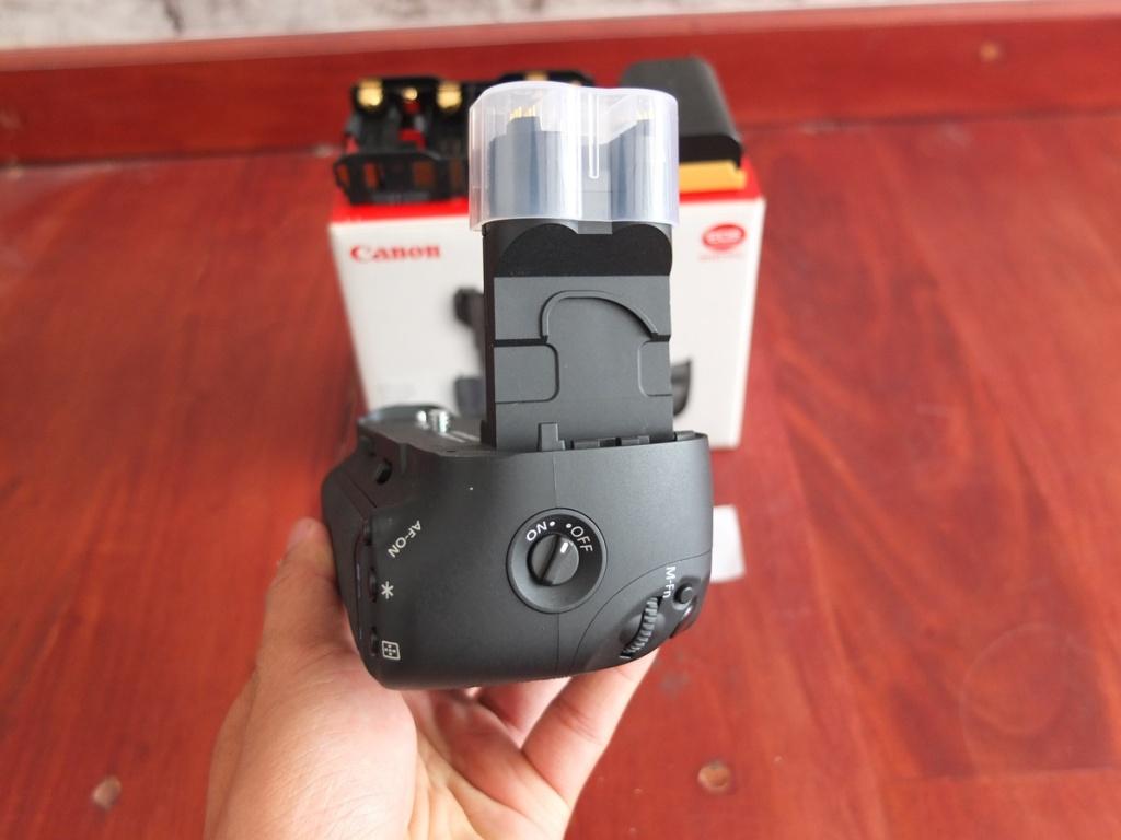 Jual Beli Laptop Kamera   surabaya   sidoarjo   malang   gersik   krian   Battery Grip Canon 7D BG-E7