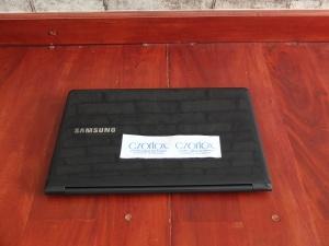 Ultrabook Samsung Ativ 9 Touchscreen Quad Core   Jual Beli Laptop Surabaya