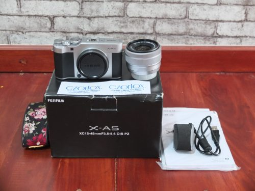 Fujifilm X-A5 Lensa 15-45mm   Jual Beli kamera Surabaya