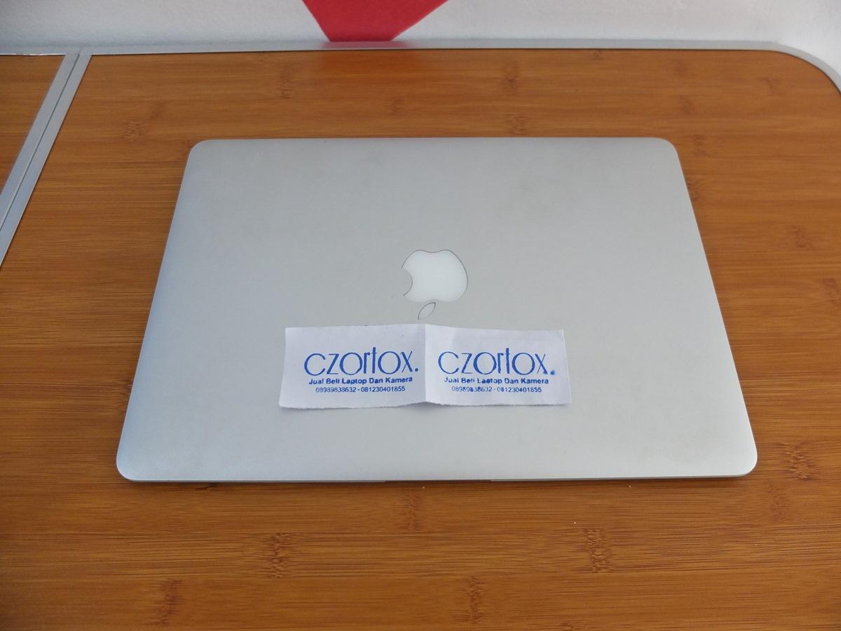 Macbook Air 13 Core i5 2011