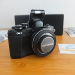 Olympus OM-D EM10 Mark II Like New Istimewa