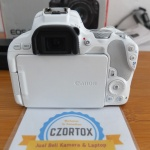 Canon 200D WiFi Kit 18-55mm Istimewa