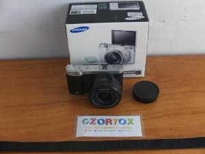 Samsung NX3000 Lensa kit 16-50mm Wifi