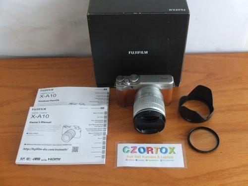 Fujifilm X-A10 Lensa 16-50mm Flip Screen