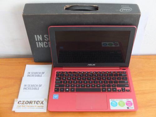 Asus E202SA Intel N3060 Istimewa
