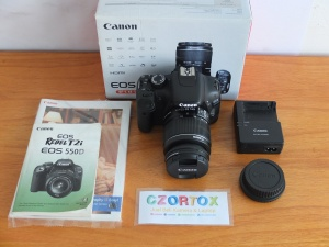 Canon 550D Lensa kit 18-55mm