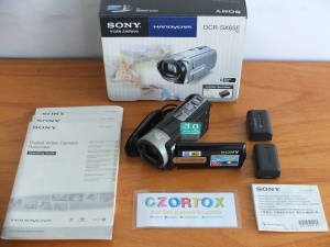Handycam SONY DCR-SX65E Zoom 70x HDD 4Gb Touchscreen