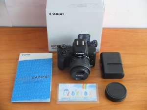 Canon M50 Kit EF-M15-45mm IS STM Umur 1 Bulan Like New