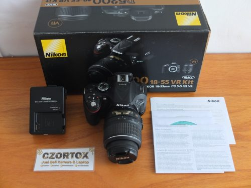 Nikon D5200 Kit 18-55mm SC 8.xxx Mulus