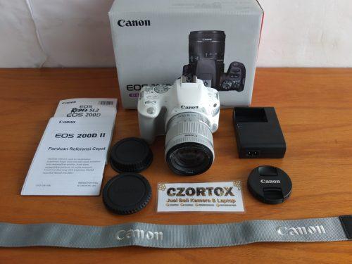 Canon 200D Kit 18-55mm Umur 2 Hari Istimewa Garansi Sampai Oktober 2020