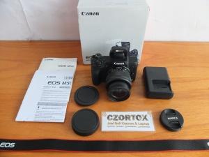 Canon M50 Kit 15-45mm Mulus Garansi Sampai 29 May 2020 Mulus