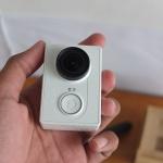 Xiaomi Yi Action Cam Internasional Bonus Charge Batre Dua Waterproff Tripod