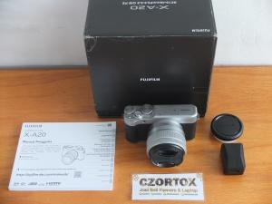 Fujifilm X-A20 Lensa 15-45mm Masih Garansi