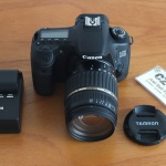 Canon 60D Body Like New Lensa Tamron 18-200mm