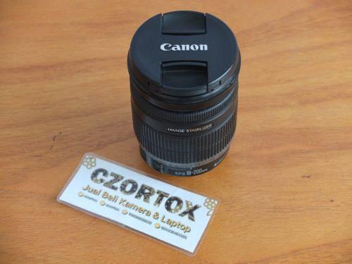 Lensa Canon EF-S 18-200mm