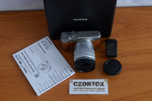Fujifilm X-A10 Lensa 16-50mm Flip Screen + WIFI