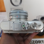 Olympus E-PL9 Lensa 14-42 mm Istimewa
