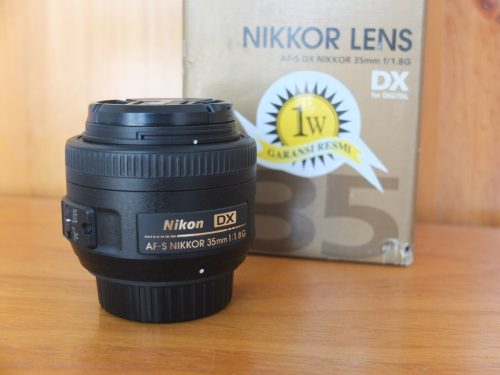 Lensa Nikon AF-S DX 35mm F1.8G
