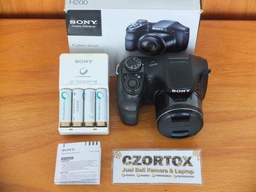 Sony DSC-H200 20.1Mp Zoom 26x Optical Bonus Batre + Cas