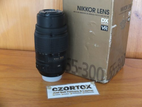LensaNikon AFS55-300 mm VR Murmer