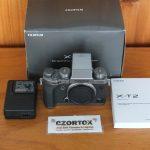 Fujifilm XT2 Body Only + Flash External Silver SC 4K Mulus