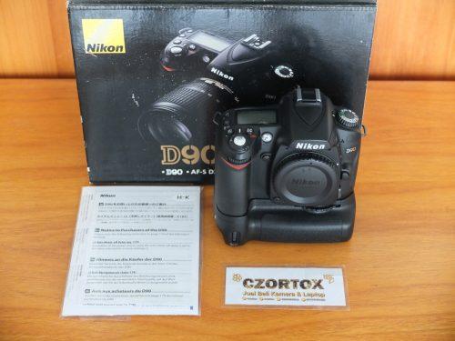 Nikon D90 Body Only Plus BG MBD-D80