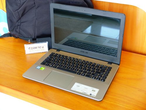 ASUS X442URR Core i5 8250U Ram 4gb HDD 1tb GeForce 930mx 2gb